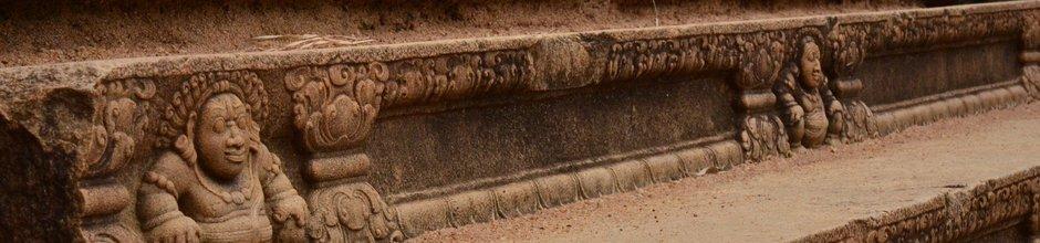 anuradhapura-ancient-city-sri-lanka-mysrilankatravel-940