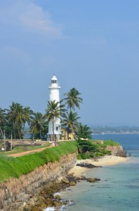 galle-dutch-fort-lighthouse-sri-lanka-mysrilankatravel