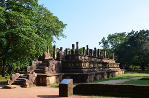 polonnaruwa-ancient-city-sri-lanka-mysrilankatravel